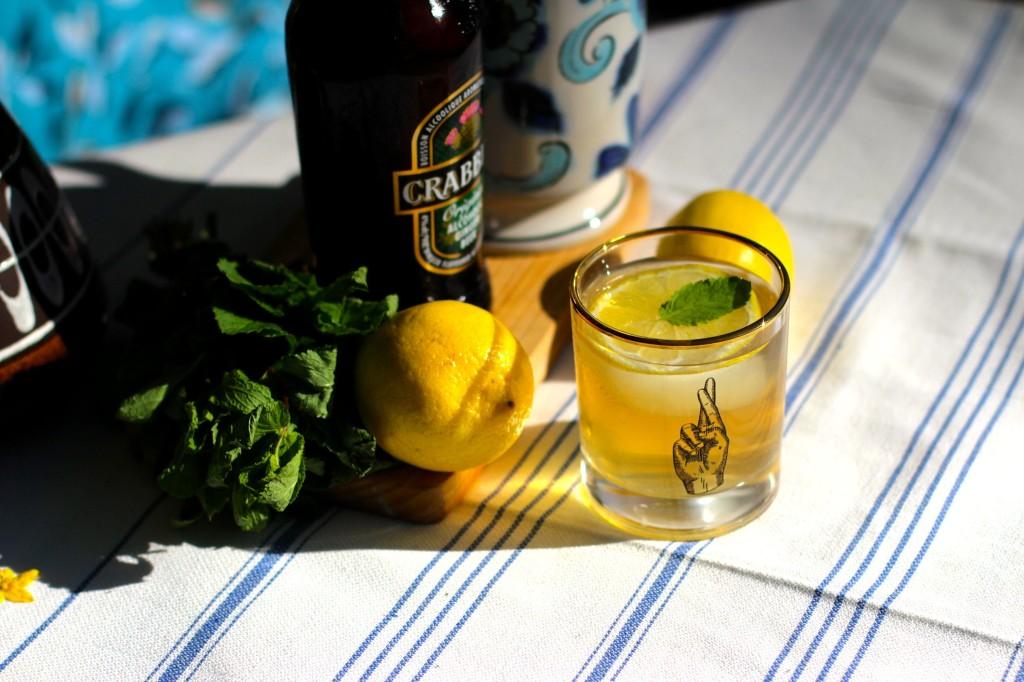 GracieCarroll_CrabbiesGingerBeer_Lemonade3